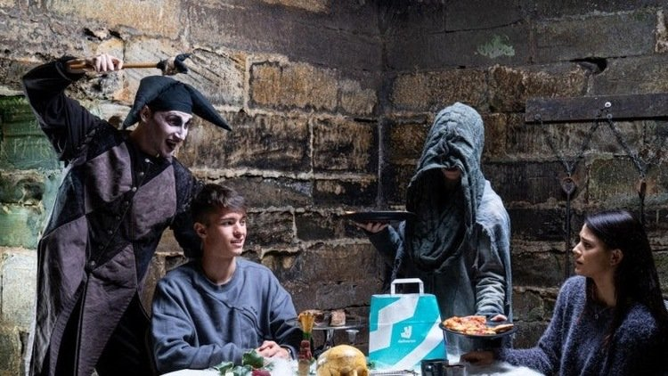 Deliveroo & Warwick Castle Launch Dining with the Dead