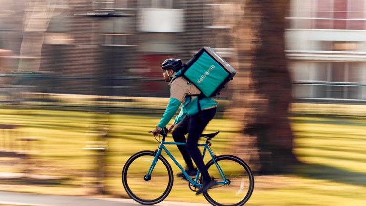 Deliveroo gives riders free accident insurance