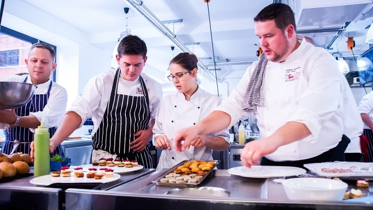 Deliveroo launches new chef apprenticeship fund to tackle skills shortage
